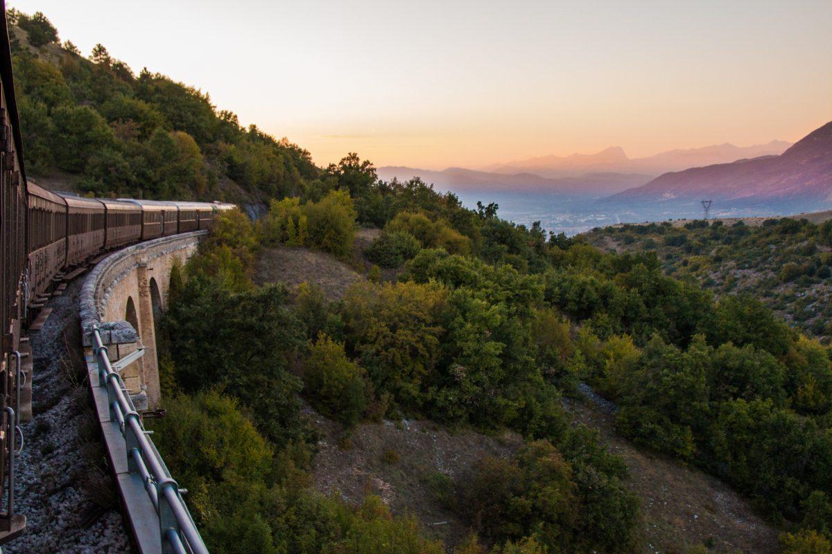 Transiberiana Dabruzzo Calendario 2020.La Transiberiana D Italia Attivita Discover Abruzzo