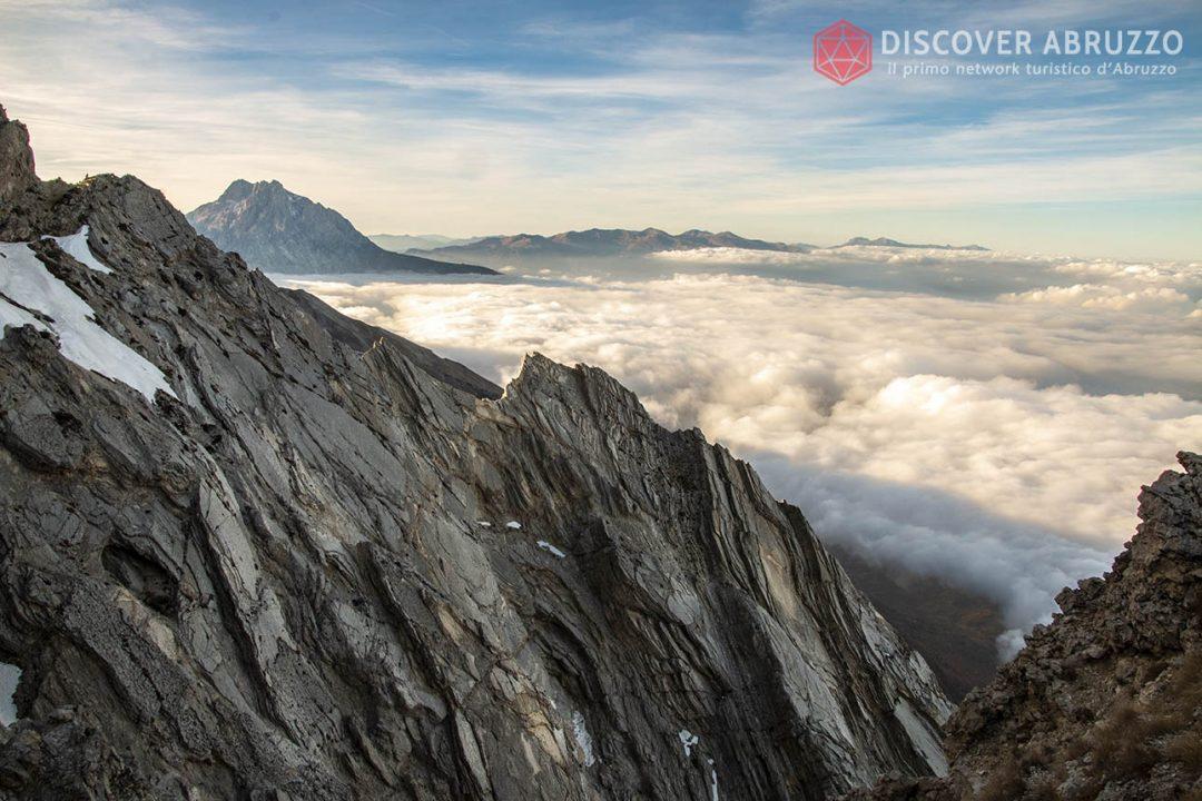 Abruzzo Trekking Escursioni Camminare Parchi Nazionali Natura Animali Montecamicia